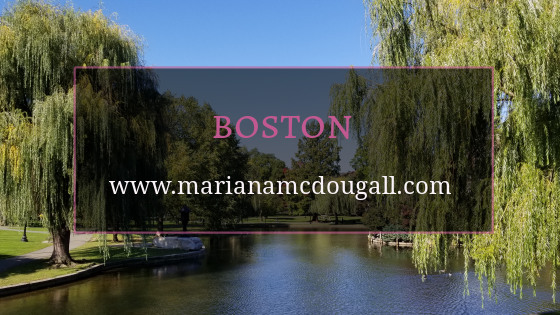 Boston, www.marianamcdougall.com, picture of weeping willow trees and a lake at Boston Public Gardens