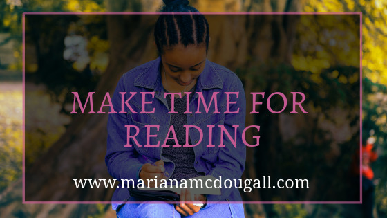 make time for reading, www.marianamcdougall.com, woman reading in front of a tree, Photo by Gift Habeshaw on Unsplash